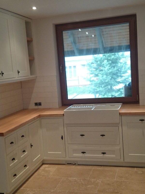 Kuchnia drewniana biała