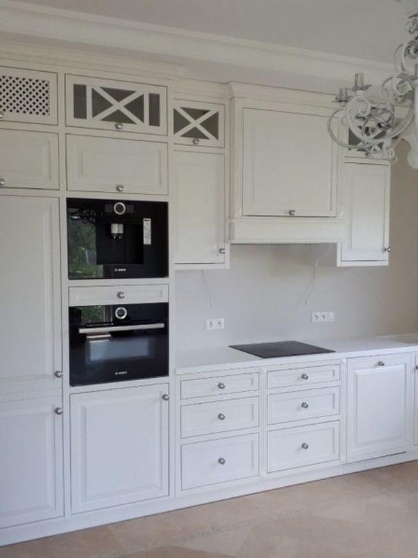 Kuchnia drewniana biała klasyczna