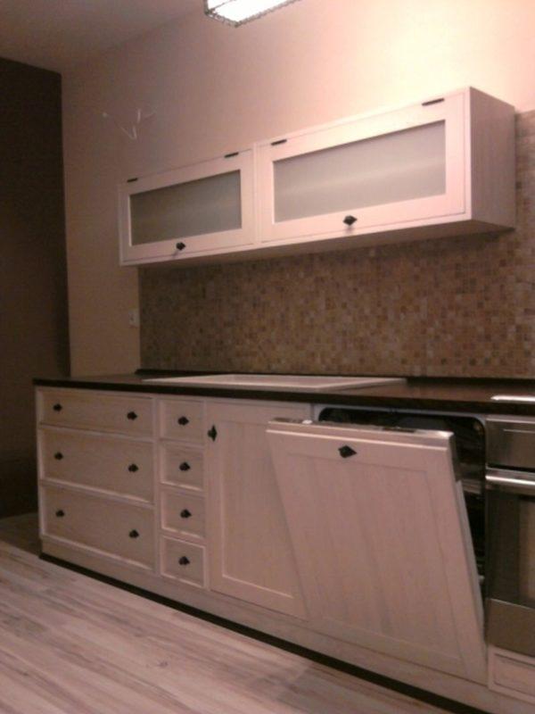 Kuchnia drewniana bielona