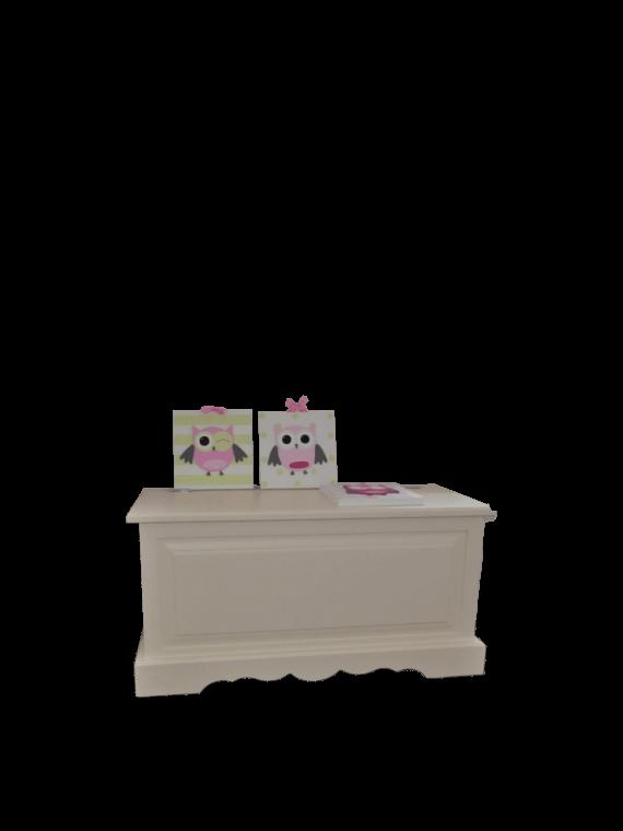 Kufer dziecięcy biały