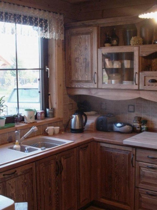 Kuchnia drewniana rzeźbiona rustykalna